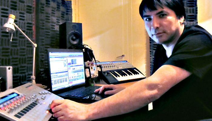 Eddie Mis 2012 at the Studio / Acix Recordings in Bat Yam Israel (photo by Niv Margalit)